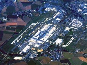 CHAUFFEUR PRIVÉ VT ROISSY-CDG Meilleure alternative au taxi à l'aéroport Roissy-CDG uniquement sur réservation